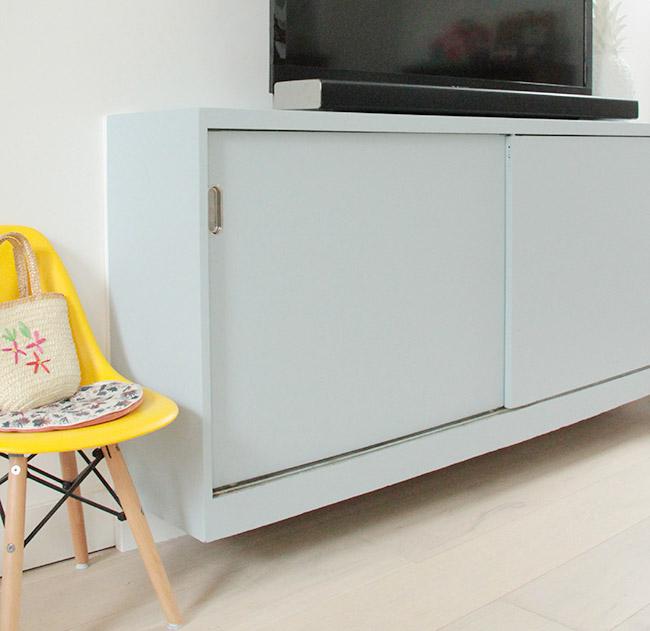 un meuble tv en parma gray poligom. Black Bedroom Furniture Sets. Home Design Ideas