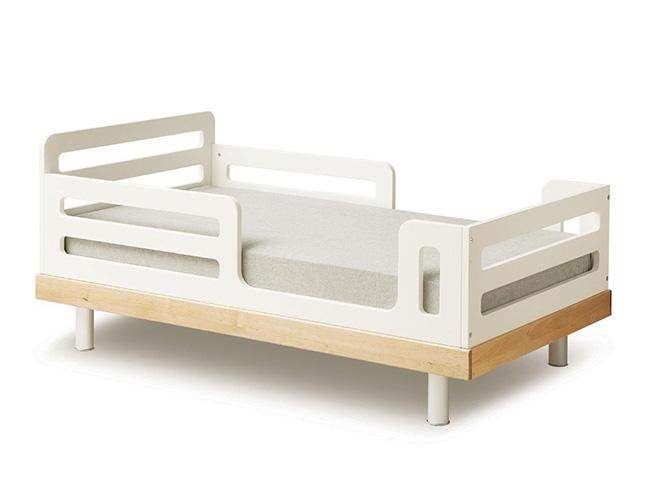 un lit de transition pour b b poligom. Black Bedroom Furniture Sets. Home Design Ideas